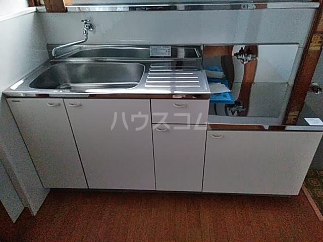 白井荘 1号室のキッチン