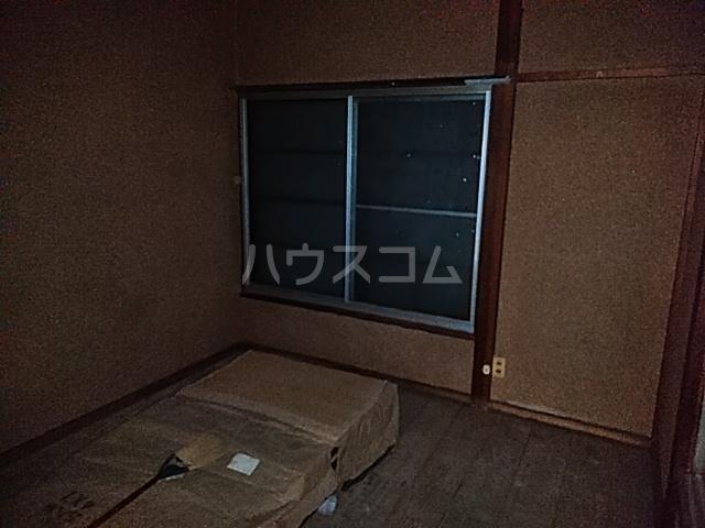 白井荘 1号室の居室