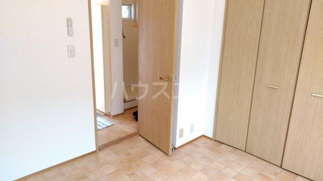 パルコホリウチ 102号室の居室