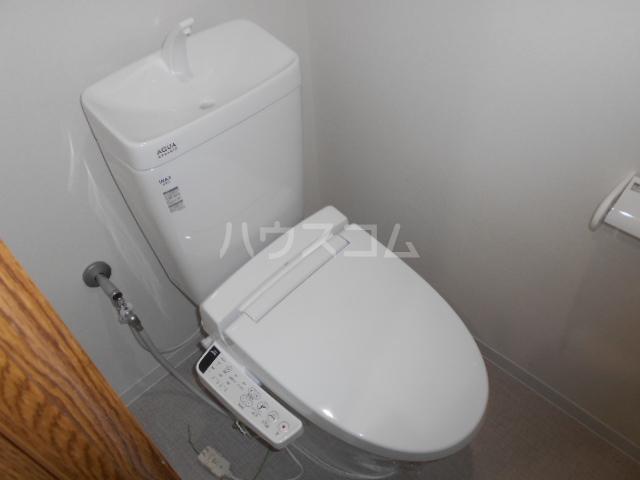 スカイパレス東戸塚 717号室のトイレ