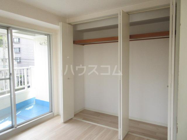 メゾンチバ 303号室の収納