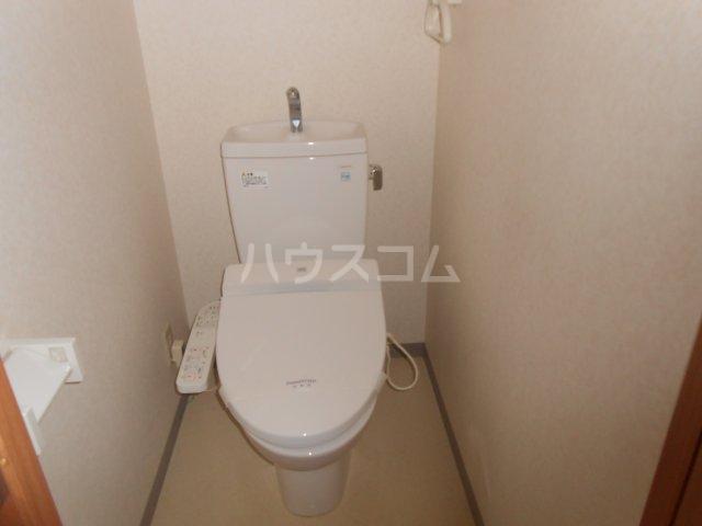 グリーンガーデン東戸塚 202号室のトイレ