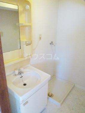 エステート1722 302号室の洗面所
