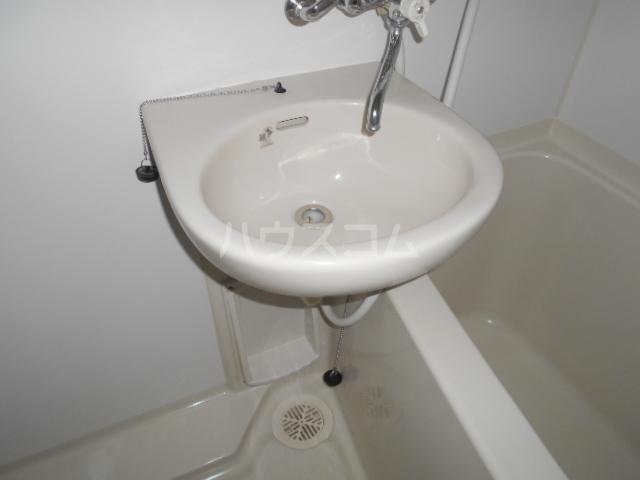 モンステラ大口仲町 206号室の洗面所