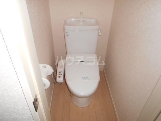 モンステラ大口仲町 206号室のトイレ