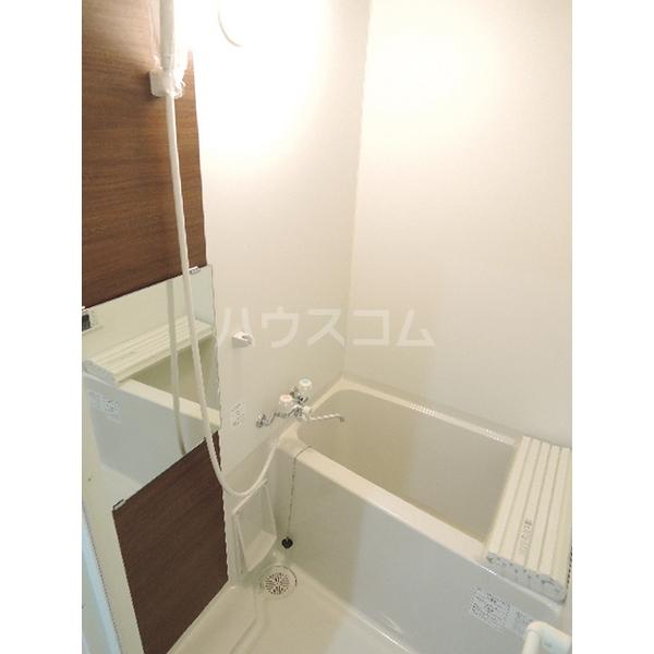 Casa Colina峰沢町 203号室の風呂