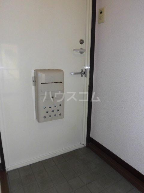 サンハイツB 102号室の玄関