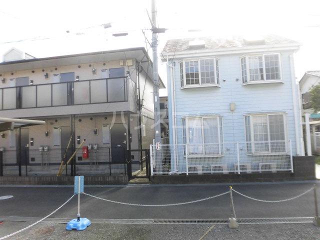 新富士見荘 205号室の駐車場
