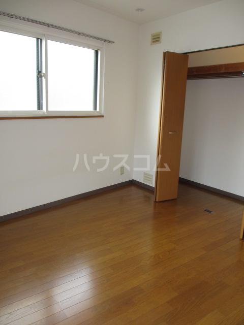 メドウスいずみ中央 204号室の居室