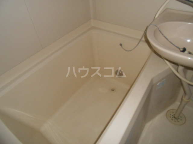 マンション築山第5 101号室の風呂