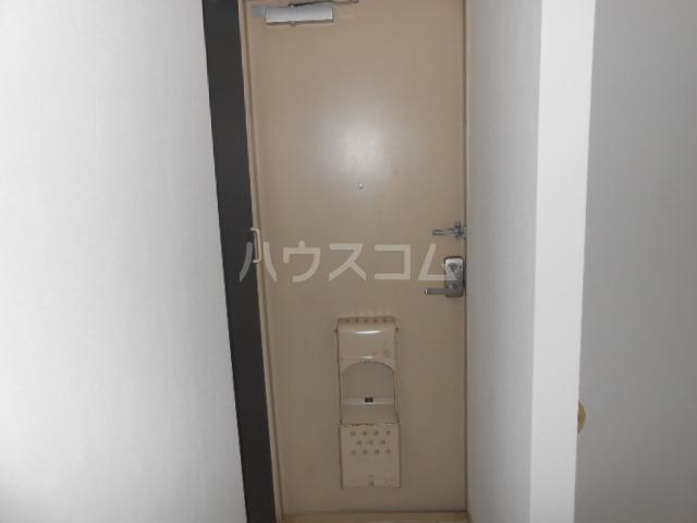 マンション築山第5 101号室の玄関