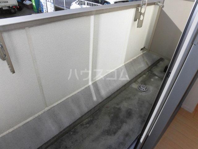Wing湘南 207号室のバルコニー