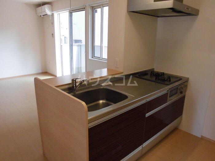 カーサポンティチェロ 102号室のキッチン