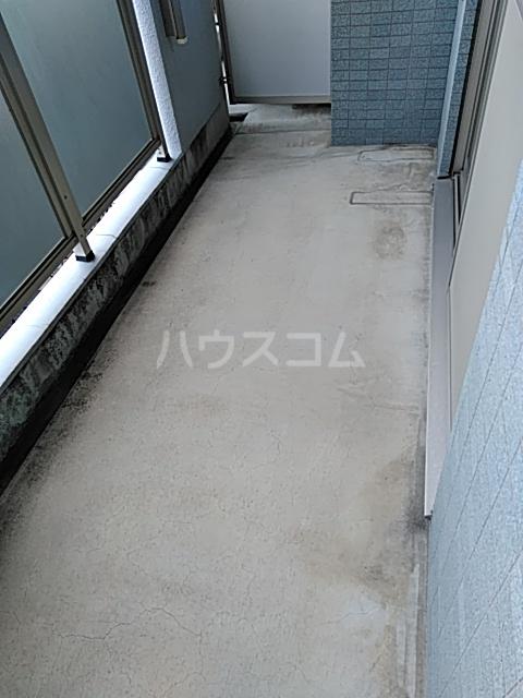 グランソラール丸の内 202号室のバルコニー