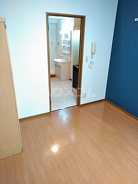 エスペランサ武蔵野 107号室の居室