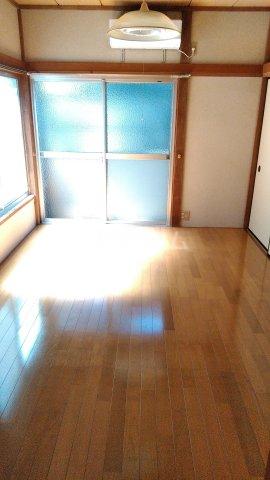 コーポ安田 103号室のリビング