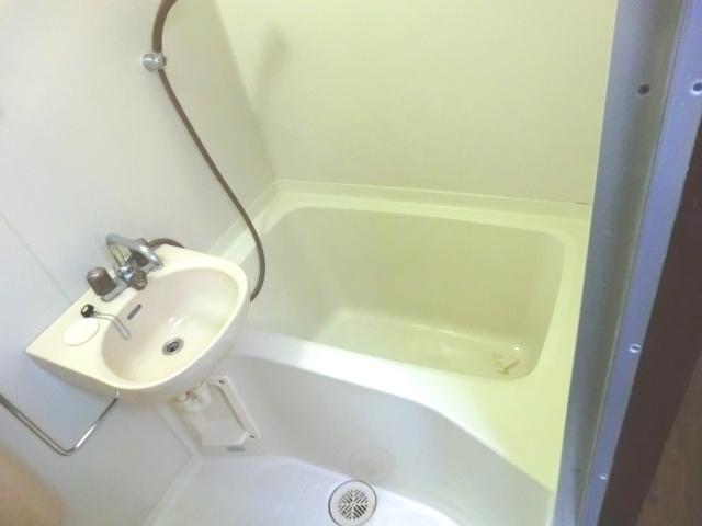 ラ・メゾン藤ヶ丘 6C号室の風呂