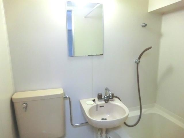 ラ・メゾン藤ヶ丘 6C号室の洗面所