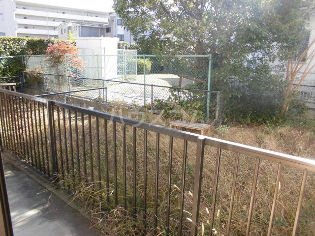 ハイム志ノ島 101号室の庭