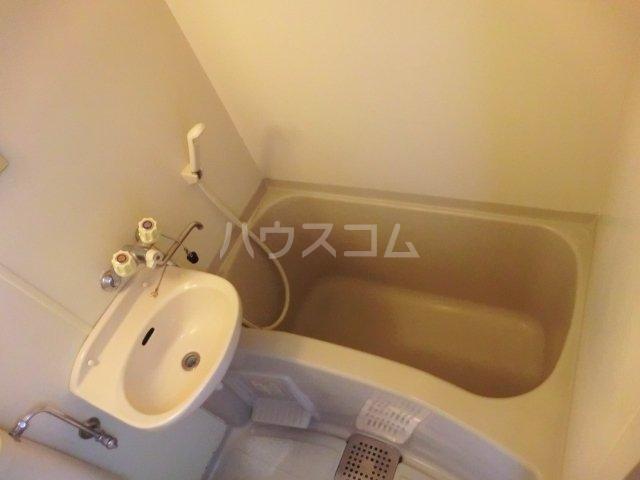 ベルカントリーⅡ 105号室の風呂