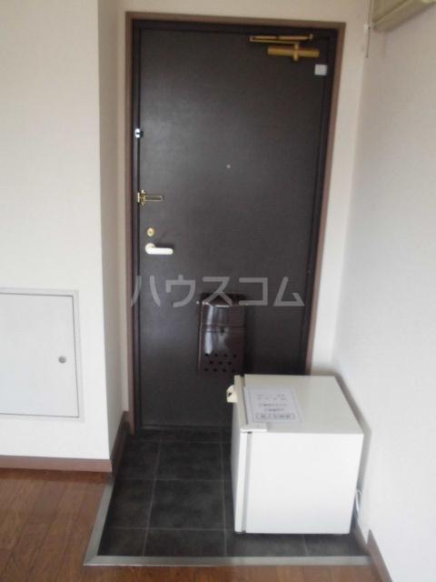 レモンハイム 2A号室の玄関