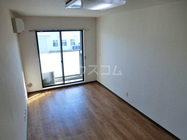 スタジオ26 105号室のベッドルーム