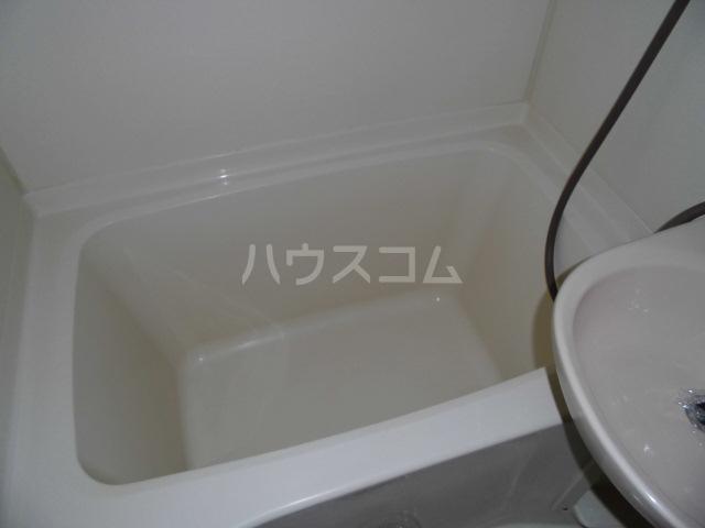 ビクトワール望が丘 102号室の風呂