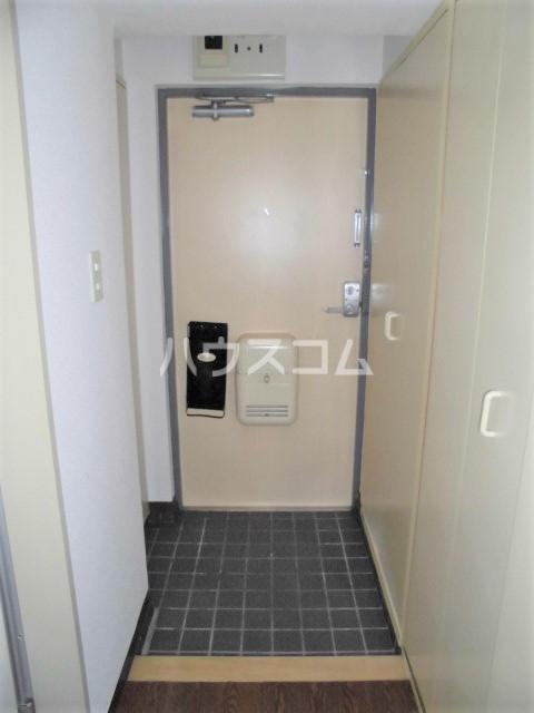 ビクトワール望が丘 102号室の玄関