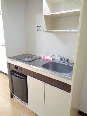 ニューコート高根台 104号室のキッチン