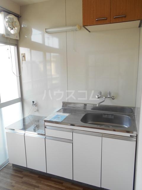 錦町マンション 3-D号室のキッチン