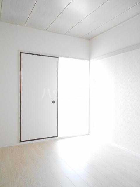 メゾンドセリエ 601号室の居室