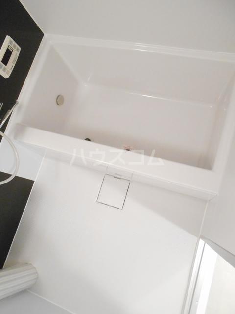 メゾンドセリエ 601号室の風呂