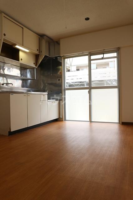 塚越パークハイツ 302号室のキッチン
