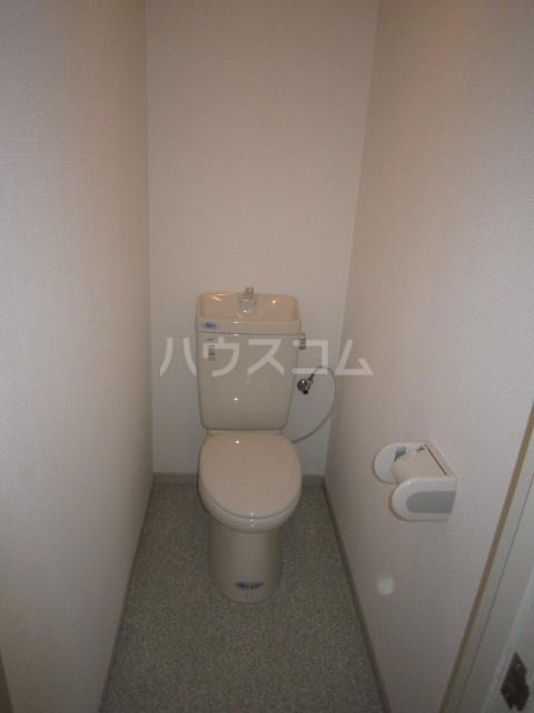 ホシノハイツB 101号室のトイレ