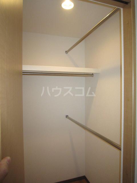 ルミナス 102号室の収納