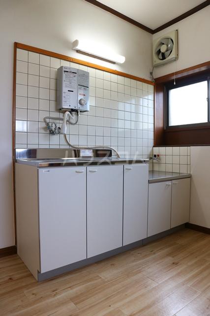 HK様芝4丁目貸家のキッチン