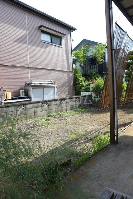 HK様芝4丁目貸家の庭