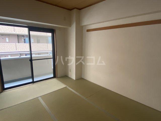 スクエアKⅢ 306号室の居室