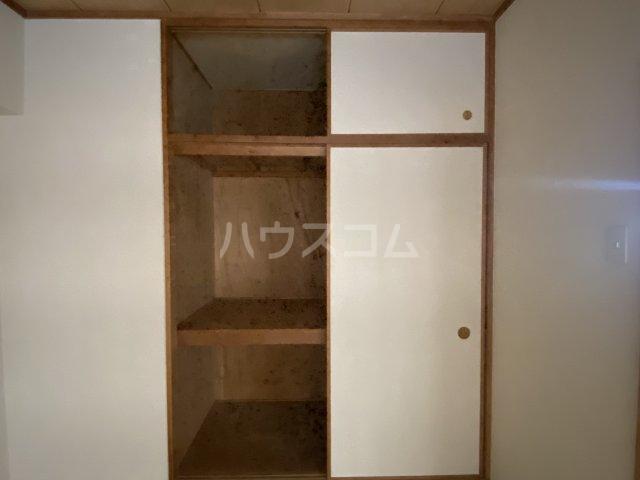 スクエアKⅢ 306号室の収納