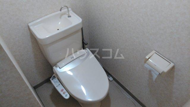 ニューハイムタヒラ 201号室のトイレ