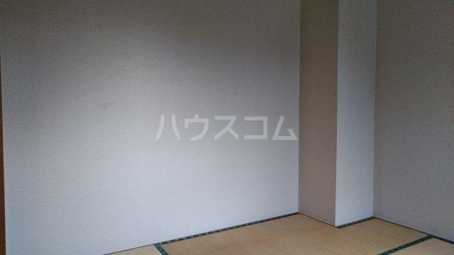 ニューハイムタヒラ 201号室の居室