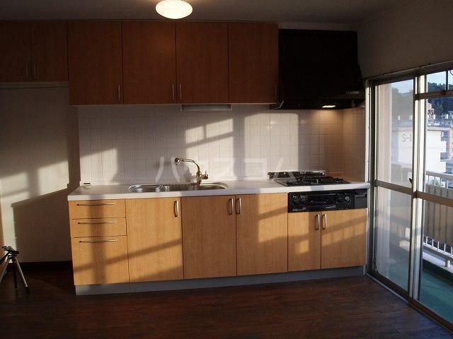 やよいS3マンション 402号室のキッチン