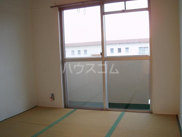 やよいS3マンション 402号室のバルコニー