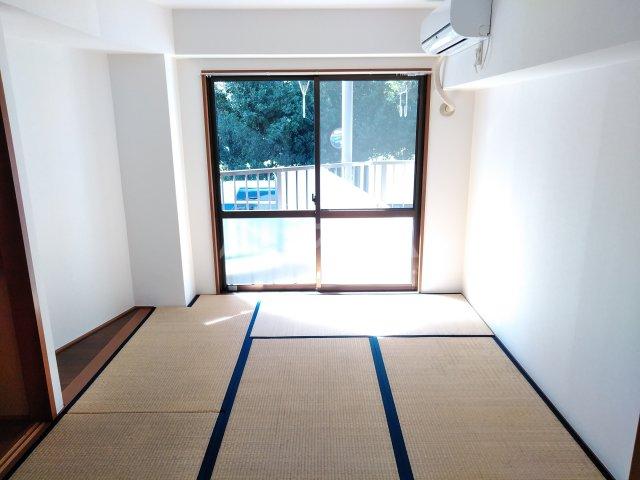 リエス浜松本郷町 101号室の居室