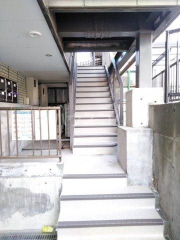 リエス浜松本郷町 101号室のエントランス