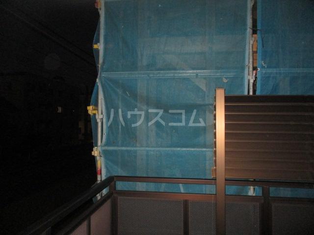 パルクベール井荻 201号室のバルコニー