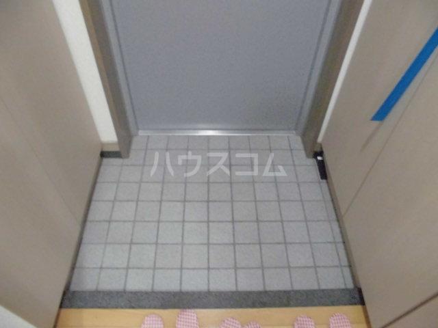 セレノ荻窪 204号室の玄関