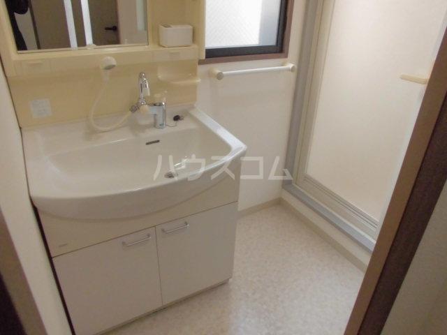 セレノ荻窪 204号室の洗面所