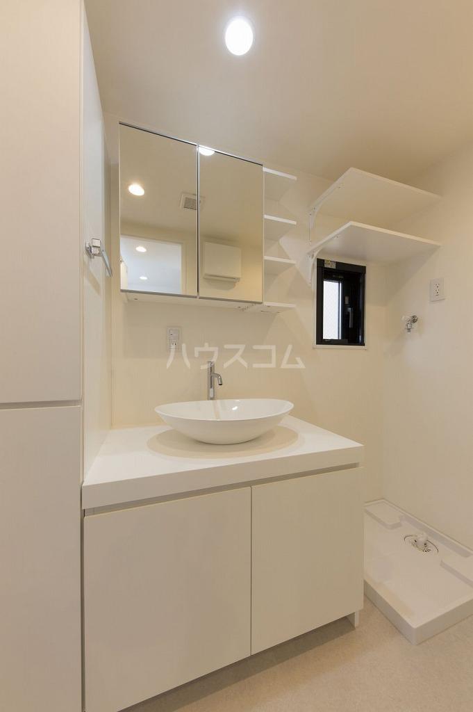 MDM阿佐ヶ谷 401号室の洗面所