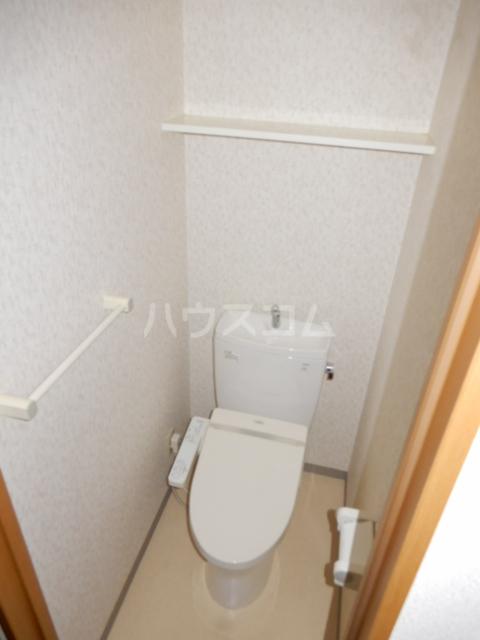 クレスト高円寺 203号室のトイレ
